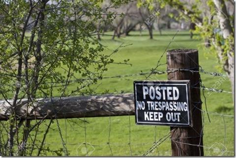 No trespassing public land